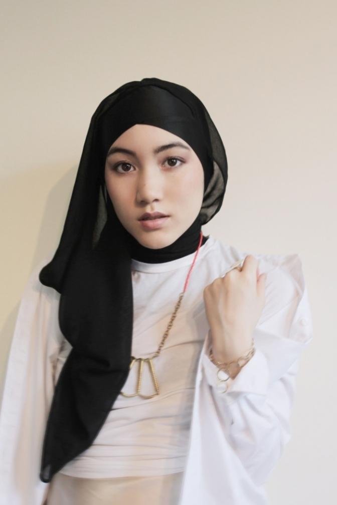 Model Hana Tajima